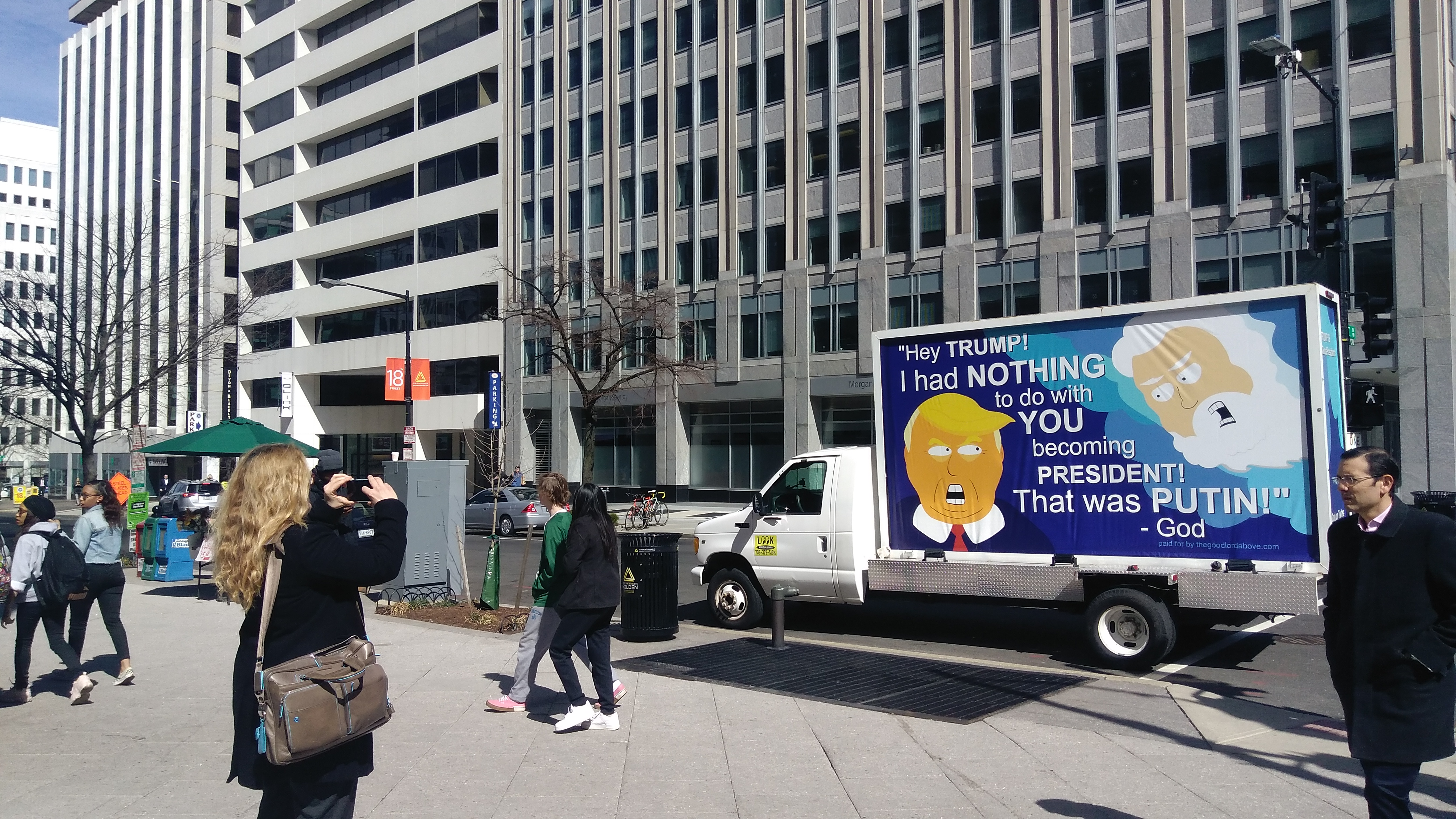 This Mobile Billboard Campaign Found Itself on CNN – OOH TODAY
